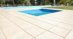 2-pisos-bordes-atermicos-patio-renovatio