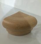 Cantonera Ocre Medidas: 5x6 cm